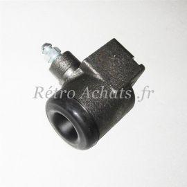cylindre-roue-avant-peugeot-404