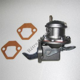pompe-a-essence-renault-4cv