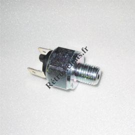 contacteur-feu-stop-peugeot-j9-diesel